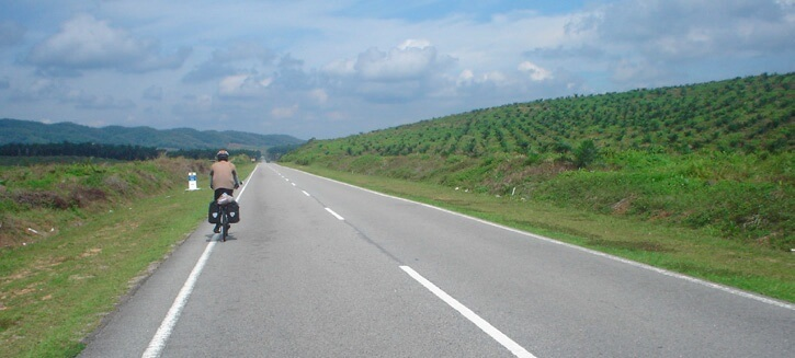 TRAVEL FEATURE _ International On The Road 9