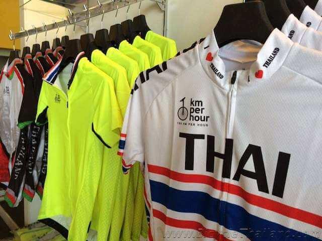 100KPH shop image 2
