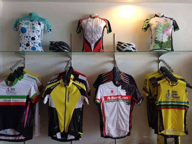 100KPH shop image 3
