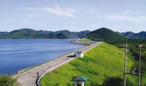 Pranburi Dam 1